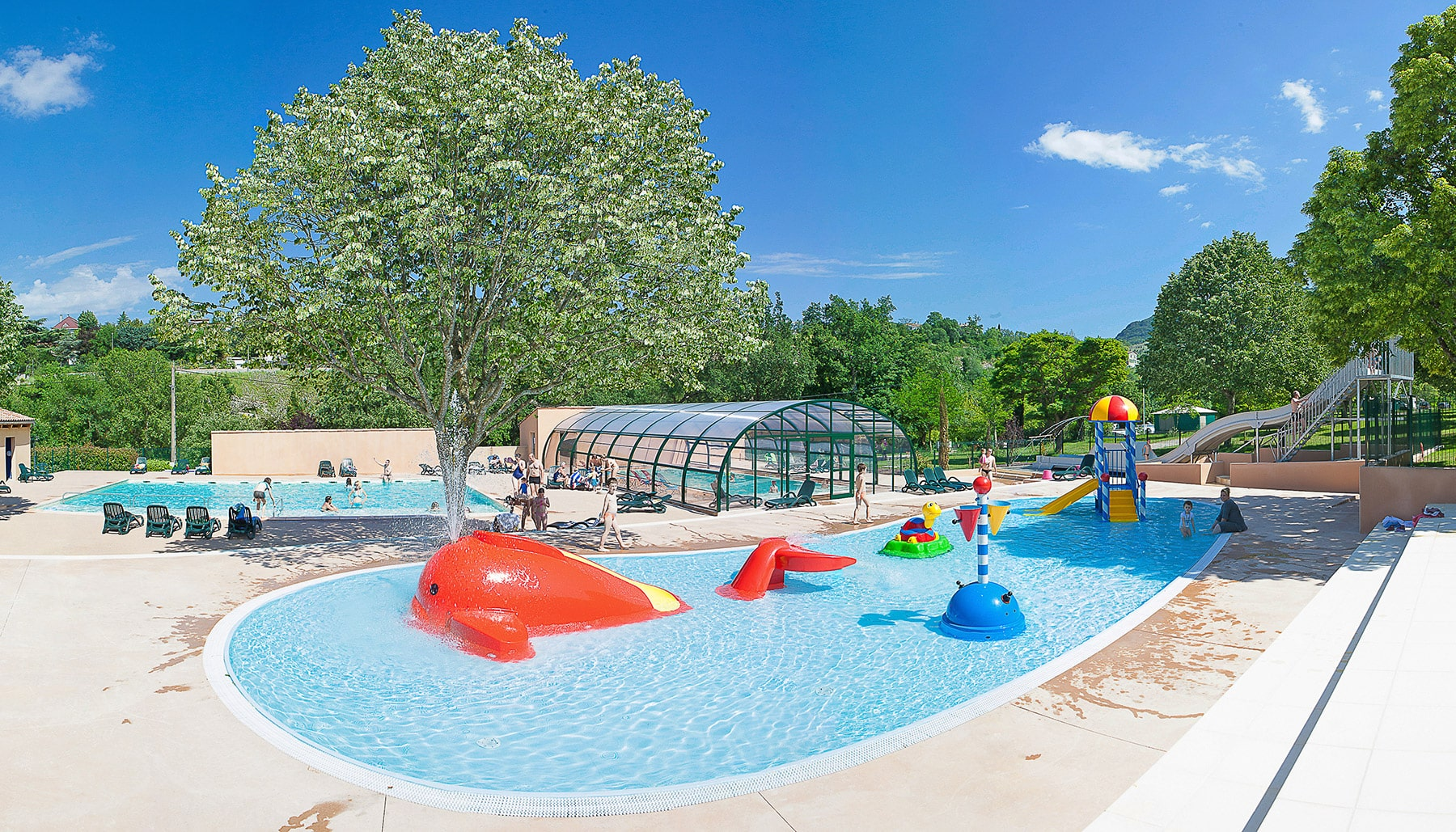 Camping ardeche parc aquatique piscine couverte chauff e - Camping en ardeche avec piscine et toboggan ...