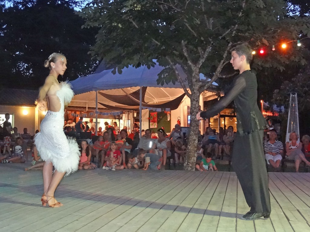 animation-soiree-danse-ardeche-camping