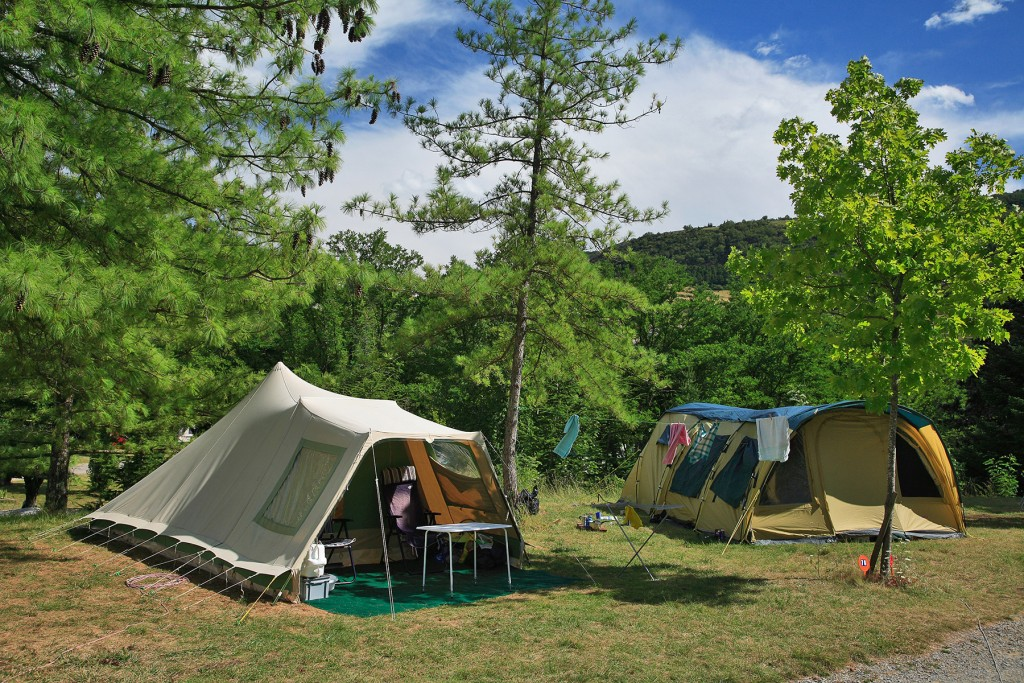 emplacements-tente-camping-ardeche-privas