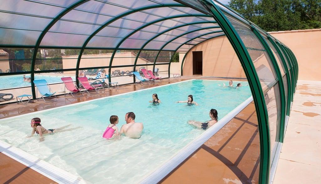 Ardeche camping piscine chauff e et couverte toboggans for Camping avec piscine et toboggan